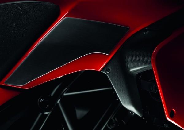 Ducati Original aufklebbarer Tankschutz aus Kohlefaser für Multistrada