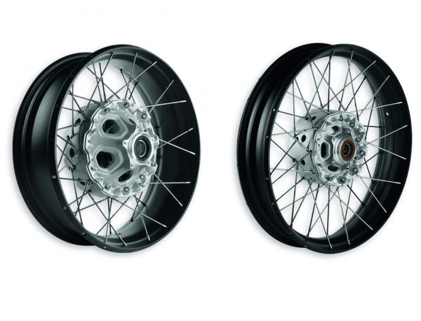 Ducati Original Satz Drahtspeichenfelgen für Tubeless-Reifen Multistrada 950