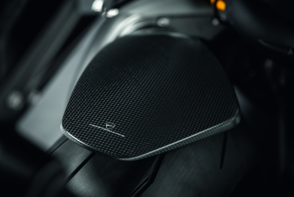 Ducati Original Hinterer Kotflügel aus Kohlefaser Panigale V4
